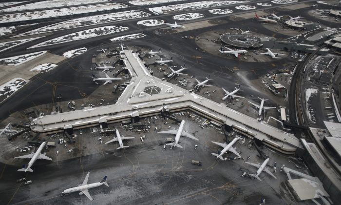 Newark Liberty International Airport in Newark, N.J., Jan. 28, 2014. (John Moore/Getty Images)
