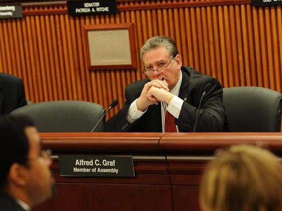 Assemblyman Al Graf questions New York State Education Commissioner John King in a hearing in January 2014. (Courtesy of the office of Assemblyman Alfred C. Graf)