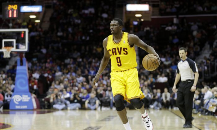 Luol Deng, who has reportedly signed with the Miami Heat. (AP Photo/Mark Duncan)