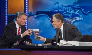 Jon Stewart Leaving Daily Show, Says Comedy Central