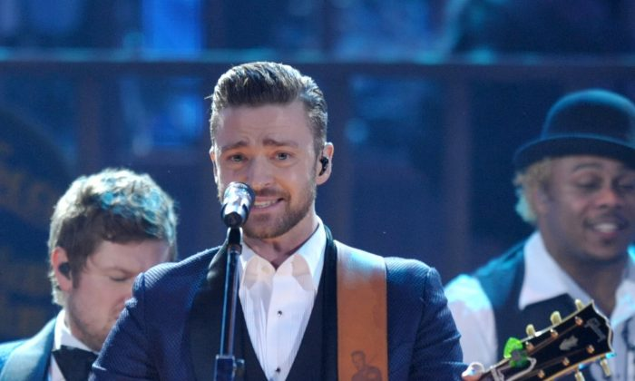 Justin Timberlake performs on stage at the American Music Awards at the Nokia Theatre L.A. Live in Los Angeles, Nov. 24, 2013. (John Shearer/Invision/AP, File)