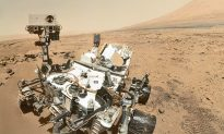 Point-and-Shoot Camera Does What Mars Rover Can't