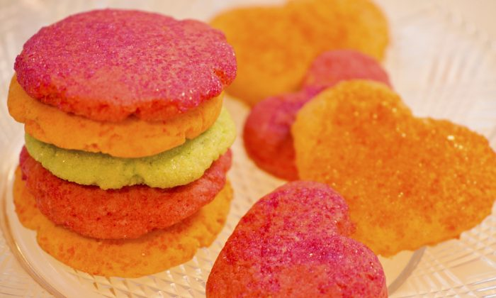 Raspberry Jell-O Valentine Cookies (Cat Rooney/Epoch Times)