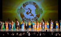 Shen Yun: 'Just Wish Our Kids Were Here' Says Associate Professor