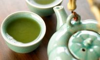 It's Easy Going Green: Hormone Balance and Green Tea