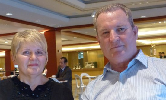 Bank Manager Believes Shen Yun 'Enriches the view of the world's people'
