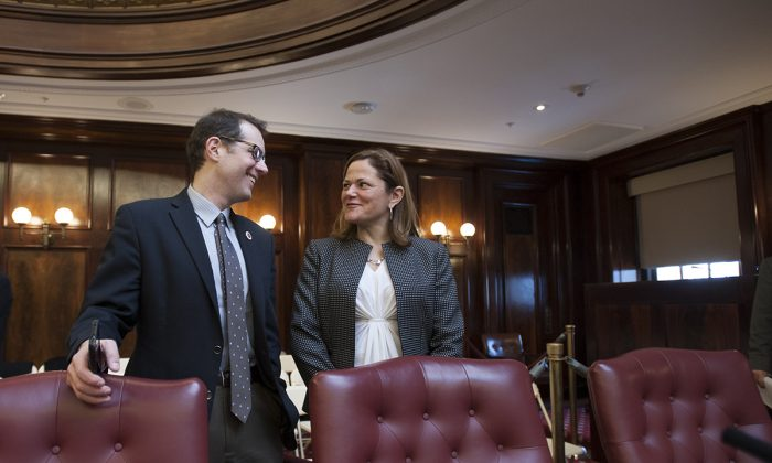 Council member Mark Levine and Speaker Melissa Mark-Viverito during a council meeting on Feb. 4. (William Alatriste/City Council)