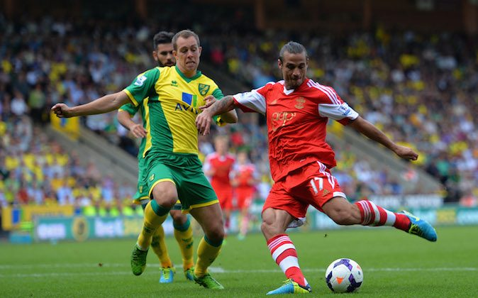 Dani Osvaldo of Southampton takes a shot at goal past Steven Whittaker of Norwich during the Barclays Premier League match between Norwich City and Southampton at Carrow Road on August 31, 2013 in Norwich, England. (Photo by Christopher Lee/Getty Images)