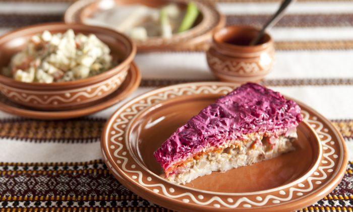 The festive shuba salad. (Samira Bouaou/Epoch Times)