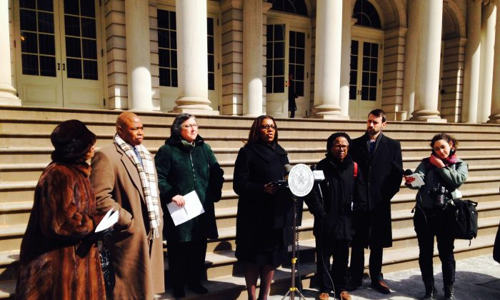 New York City Public Advocate Letitia James speaks at a press conference on the steps of City Hall urging Gov. Andrew Cuomo to hold special elections for the 11 vacant seats in the New York State Legislature, New York, March 6, 2014. (Yi Yang)