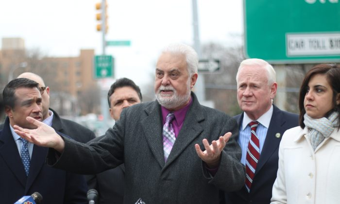 MTA board member and Staten Island attorney Allen Cappelli speaks at a press conference calling for a multi-trip toll discount plan for Brooklyn residents crossing the Verrazano-Narrows Bridge, March 7, 2014. (Allen Xie)