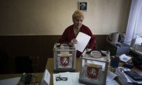 Crimea an Armed Camp as Tensions Rise Ahead of Referendum