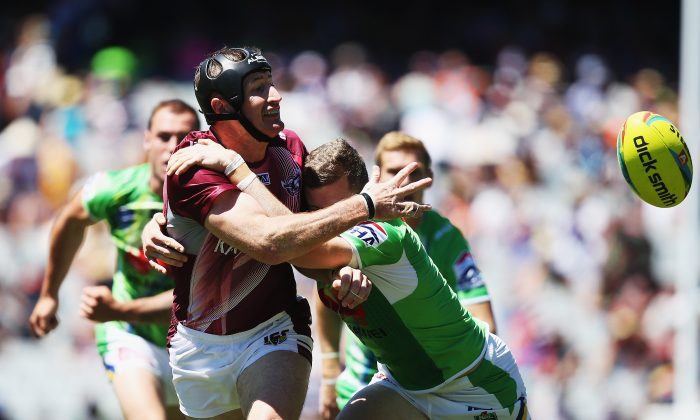 Steve Menzies of the Sea Eagles charges forward during the match between the Manly Sea Eagles and the Canberra Raiders in the Auckland NRL Nines at Eden Park on February 16, 2014 in Auckland, New Zealand. (Hannah Peters/Getty Images)