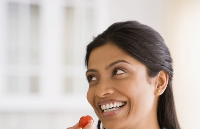 When we're happy, we're more likely to want healthier food. (Jose Luis Pelaez Inc/thinkstockphotos.com)
