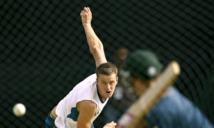 South Africa's Morne Morkel bowls during a training session ahead of their ICC Twenty20 Cricket World Cup match against New Zealand in Chittagong, Bangladesh, Sunday, March 23, 2014. (AP Photo/A.M. Ahad)