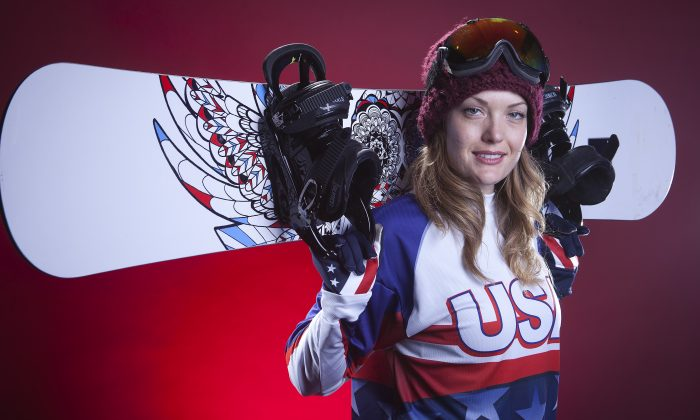 United States Olympic Winter Games Para Olympian snowboarding participant Amy Purdy poses for a portrait at the 2013 Team USA Media Summit on Monday, October 1, 2013 in Park City, UT. (AP Photo/Carlo Allegri)