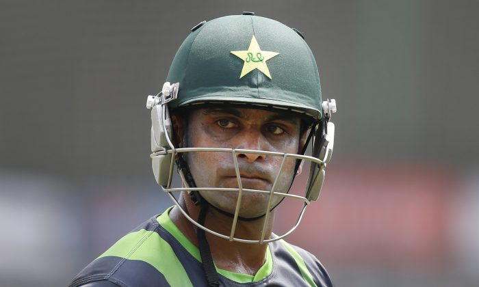 Pakistan's captain Mohammad Hafeez attends a training session in the nets ahead of its ICC Twenty20 Cricket World Cup match against Australia in Dhaka, Bangladesh, Saturday, March 22, 2014. (AP Photo/Aijaz Rahi)