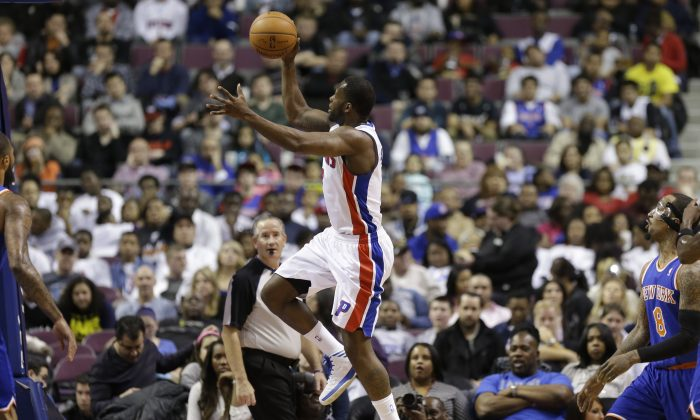 Detroit Pistons guard Rodney Stuckey (3) shoots during the first half of an NBA basketball game against the New York Knicks in Auburn Hills, Mich., Monday, March 3, 2014. (AP Photo/Carlos Osorio)