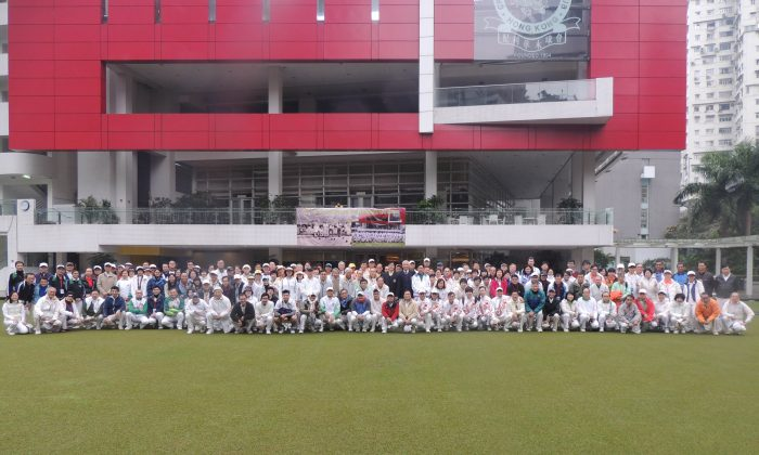 More than 200 bowlers from 36 clubs in Hong Kong participated in a two-day tournament to celebrate the 120th anniversary of Craigengower Cricket Club last weekend. (Michael Lo)