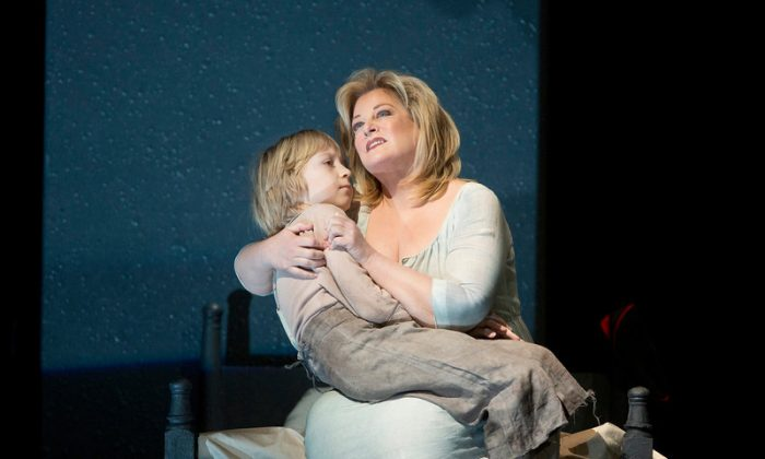 """An unsettling scene between mother and child in Berg's """"Wozzeck"""""""