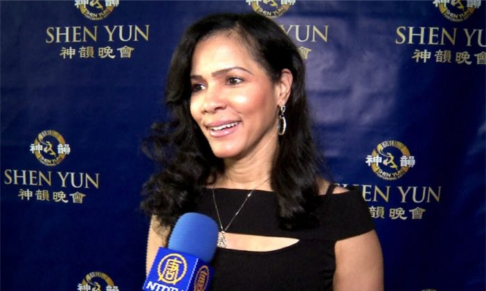 Actress Calls Shen Yun 'A Lifetime Show'