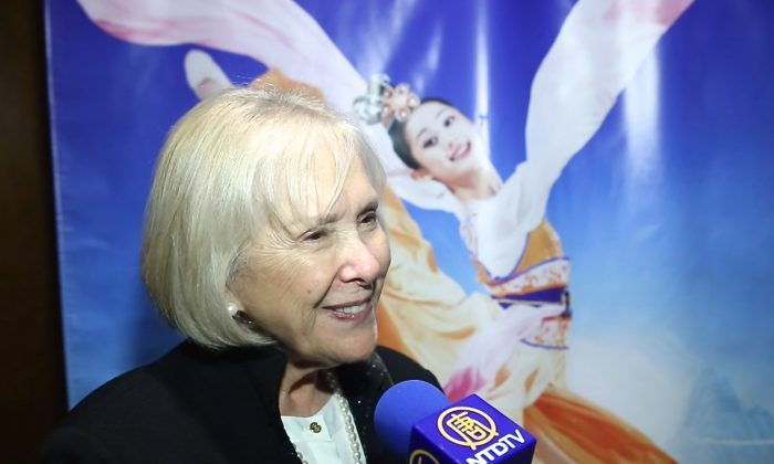 Center Guild Member Calls Shen Yun 'Amazing'