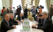 Sanctions on Russia Pose Risks to World Economy
