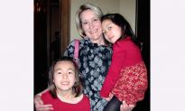 Omaha Ladies Enjoy Culture Through Shen Yun