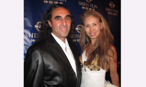 Artist and Musician Finds Shen Yun Amazing, From Top to Bottom