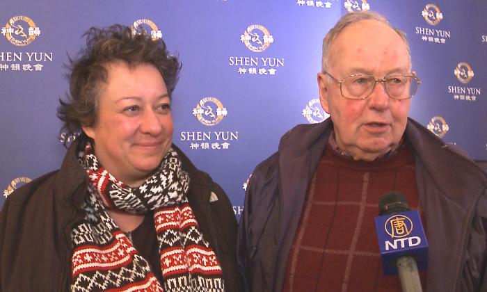College Professor, Family Discover Shen Yun's Spirituality