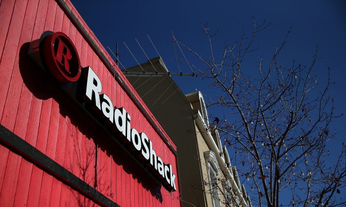 RadioShack Corp. announced plans to close nearly 1100 of its electronics stores in the coming months. (Justin Sullivan/Getty Images)