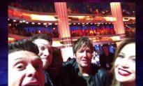 Ryan Seacrest Recreates Ellen's Oscar Selfie With His Own Famous Friends