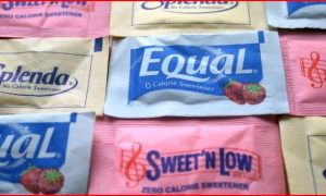 The Truth About the Health Effects of Sugar and Artificial Sweeteners