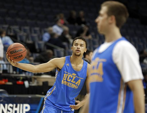 UCLA's Kyle Anderson works out during practice at the NCAA college basketball tournament, Wednesday, March 26, 2014, in Memphis, Tenn. UCLA plays Florida in a regional semifinal on Thursday. (AP Photo/John Bazemore)