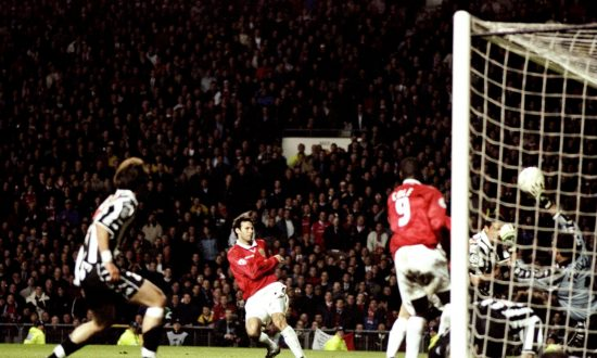 Giggs May Become the Irreplaceable Hero Due to 'United' Mindset