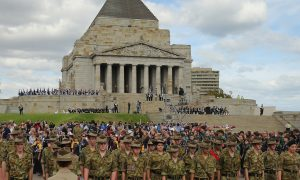 Anzac Day 2014: What's Open, Closed in Melbourne, Perth, Brisbane, Victoria; Restaurants. Banks, Stores, Post Offices, Mail, Libraries, Museums?