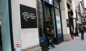Comcast, Time Warner Merger Scrutinized by Senators and Opponents
