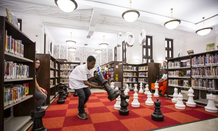 The chess board at the newly renovated Stone Avenue Library in Brownsville, Brooklyn, April 21, 2014. The library recently celebrated its 100th anniversary. (Edward Dai/Epoch Times)