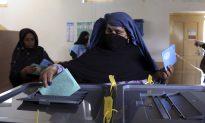 Afghan Voters Defy Threats (Video)