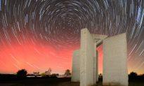 Slabs of Granite in Rural America Give 10 New Commandments