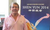 Jet Flight Simulator Owner Transported to Another World by Shen Yun