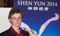 Sons of International Singer Captivated by Shen Yun