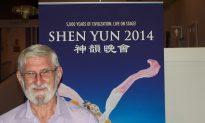 Shen Yun's Backdrops Impress Linguistic Consultant