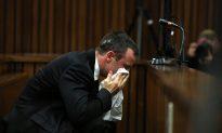 Oscar Pistorius Murder Trial: Text Messages Read in Court (Video)