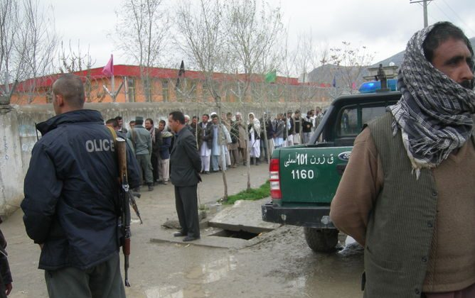 Impressive turnout: under heavy security, 7 million Afghans turned out to vote. (Liza Schuster, CC BY-SA)