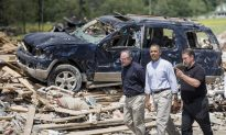 Obama Says Nation Will Help Arkansas Rebuild After Storms (video)