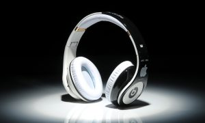 5 Reasons Why Apple Has Bought Headphone Company Beats (by Dr Dre)