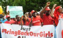 US Prepares Nigeria Aid Team as Boko Haram Kidnaps More Girls (video)