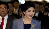 Thailand PM in Court on Charges of Abuse of Power (Video)