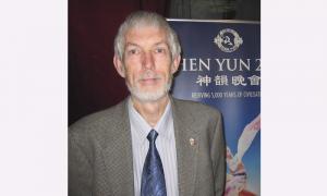 Palliative Care Clinical Professor Says Shen Yun 'Artistically Superb'